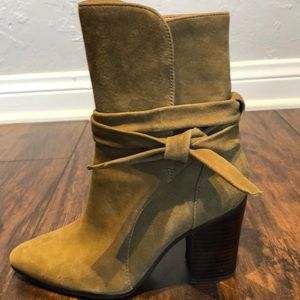 Army green Banana republic suede ankle boots.